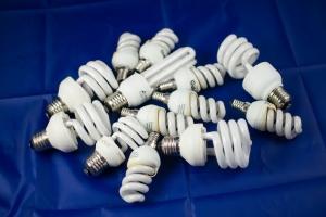 Die Arbeitsschutzverordnung zu künstlicher optischer Strahlung (OStrV) soll Arbeitnehmer auch vor zu hellen Lichtquellen schützen.