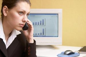 Der Monitor am Arbeitsplatz: Werden die Richtlinien dieser Verordnung nicht eingehalten, ist die Gesundheit in Gefahr.